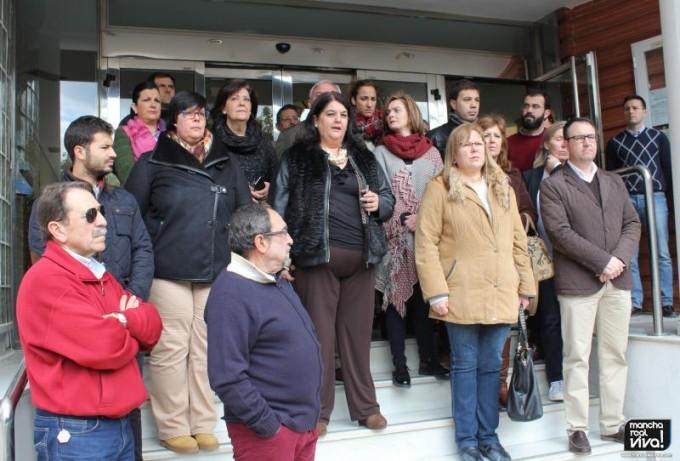 La Alcaldesa Mar Dávila dijo unas palabras de condena al terrorismo y apoyo a las víctimas