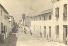 Photo of Canal Sur muestra la calle Maestra de Mancha Real desde una fotografía de 1920