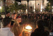 Photo of San Juan Evangelista y la Encarnación celebran la Vigilia Pascual y la Resurrección de Jesús