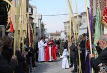 Photo of La Procesión del Domingo de Ramos llena las calles de palmas y ramas de olivo