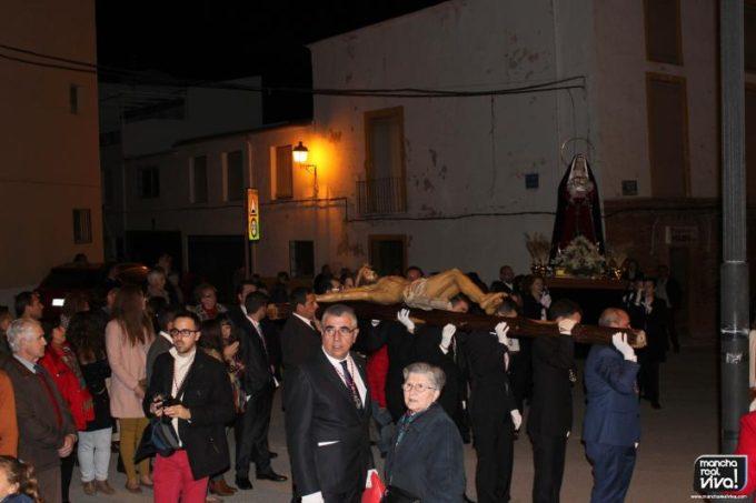 El Vía Crucis llega a la ermita de la Virgen de la Cabeza