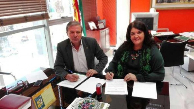 La Alcaldesa Mar Dávila y el Delegado de Medio Ambiente firman el acuerdo