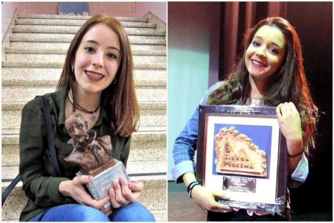 Montse Gutiérrez y Carolina Cazorla con sus galardones