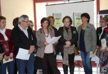 Photo of Concentración en el Centro de Salud de Mancha Real en el «Día Internacional de la Fibromialgia»