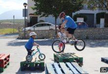 Photo of Una veintena de niños se forman en un curso intensivo de Trial Bici