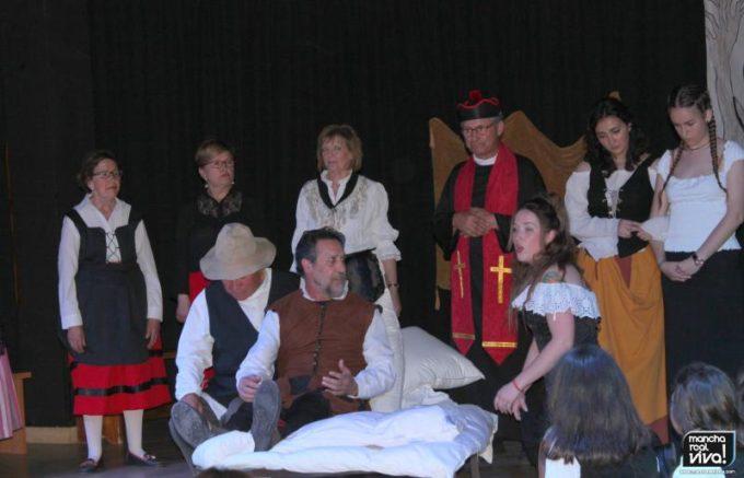 Una de las escenas con Don Quijote, Dulcinea y Sancho