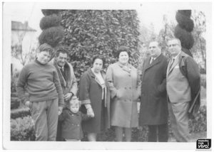 Familia Alcántara con su familia