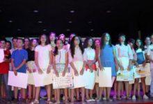 Photo of Los alumnos de 6º de Sixto Sigler reciben sus orlas de fin de curso