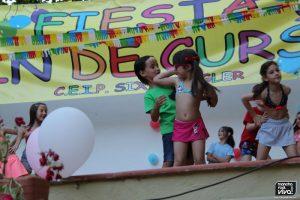 Los pequeños disfrutaron con el baile