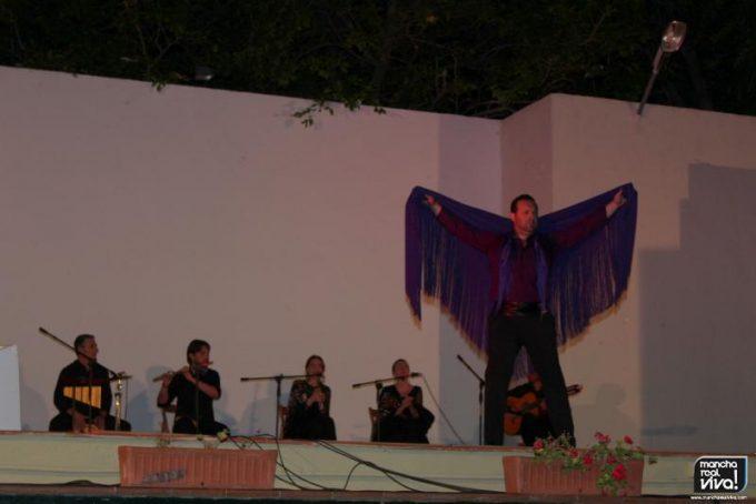 Angel Solana en plena actuación