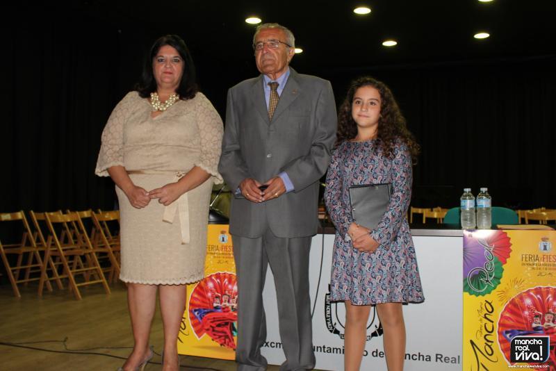 José Luis Quero, Pregonero de Feria 2015, con la Alcaldesa y con su nieta Lourdes