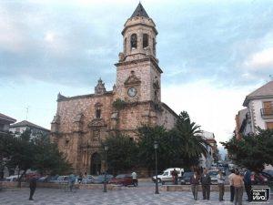 Iglesia y Plaza en los 90
