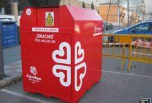 Photo of Se instala un contenedor de Cáritas para recoger ropa y calzado