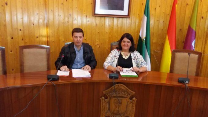 Mar Dávila e Ildefonso Ruiz presentaron el borrador