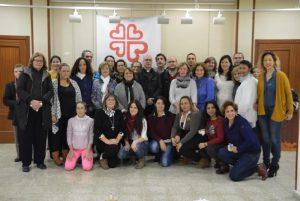 Alumnas y personas de Cáritas en grupo