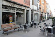 Photo of La cafetería Orfeo ofrece a sus clientes el café y tarta a elegir por un precio de 2,50 €