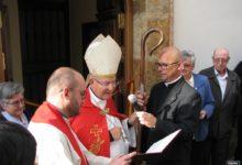 Photo of El Obispo de la Diócesis visita Mancha Real en el día del Patrón San Marcos