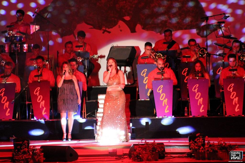 Photo of La «Gran Orquesta de Música Ligera de Linares» pone el broche de oro al Verano Cultural 2017