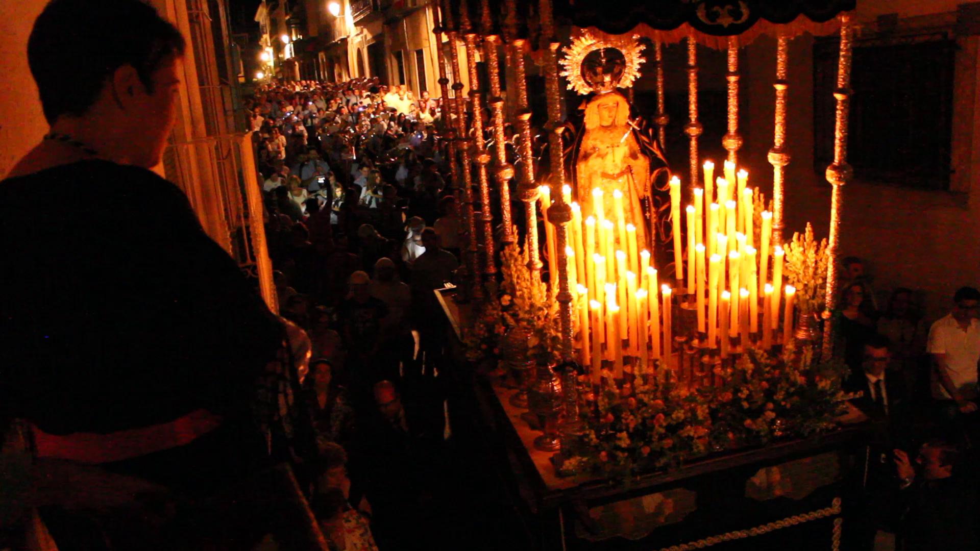 Photo of El sentido recuerdo a María Dolores con su Virgen, por la que sentía gran devoción