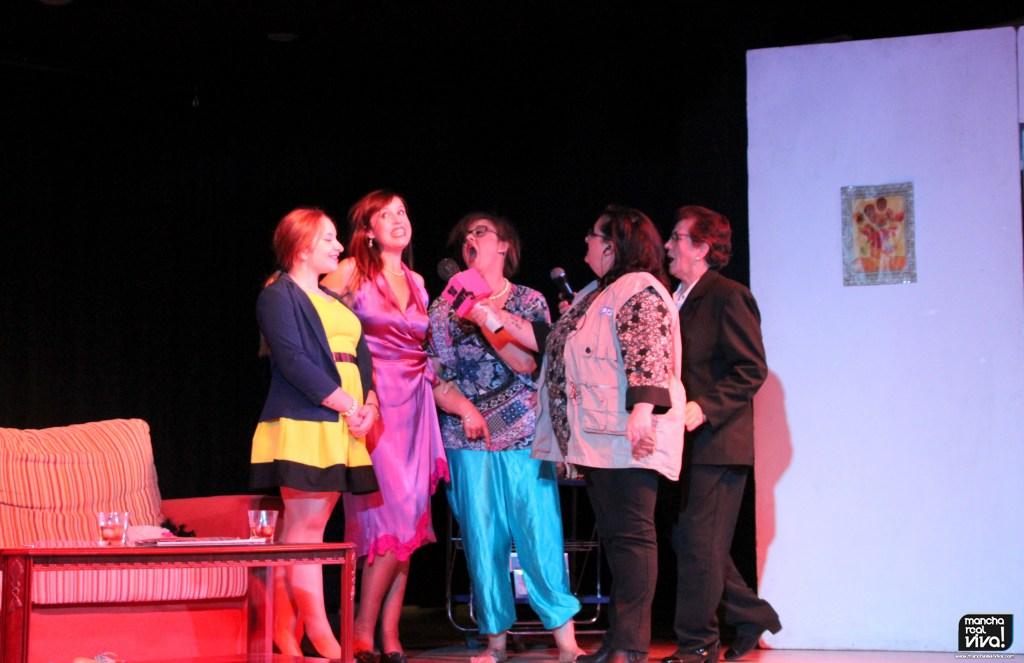 Photo of La comedia ¡Anda mi madre! hizo reír al público en el I Festival de Teatro Aficionado