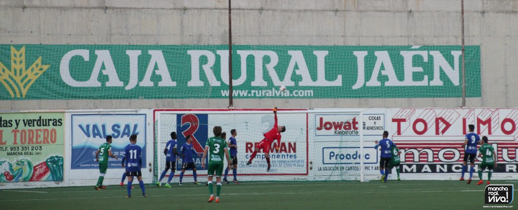 Photo of Buen partido del At. Mancha Real ante el Linares Dptvo pero le sigue faltando el gol-Fotos