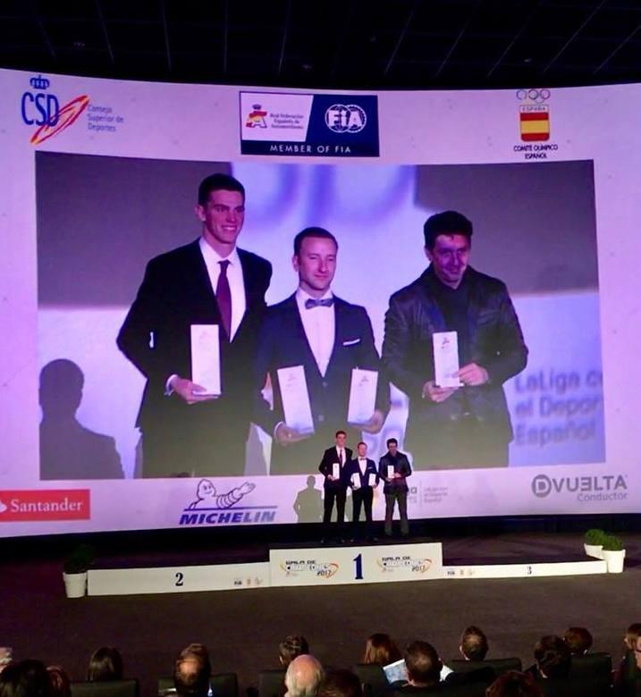 Photo of El piloto mancharrealeño Pedro J. Delgado recibe el galardón de Campeón de España de Rallyes TT