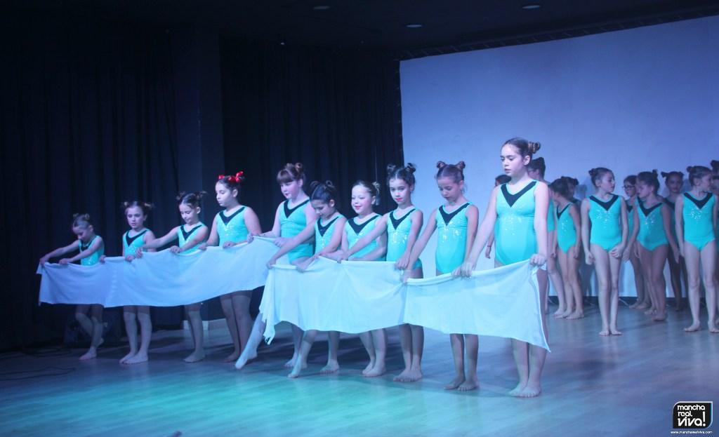 Photo of Dancer Dreams triunfa con «Luz y Oscuridad»