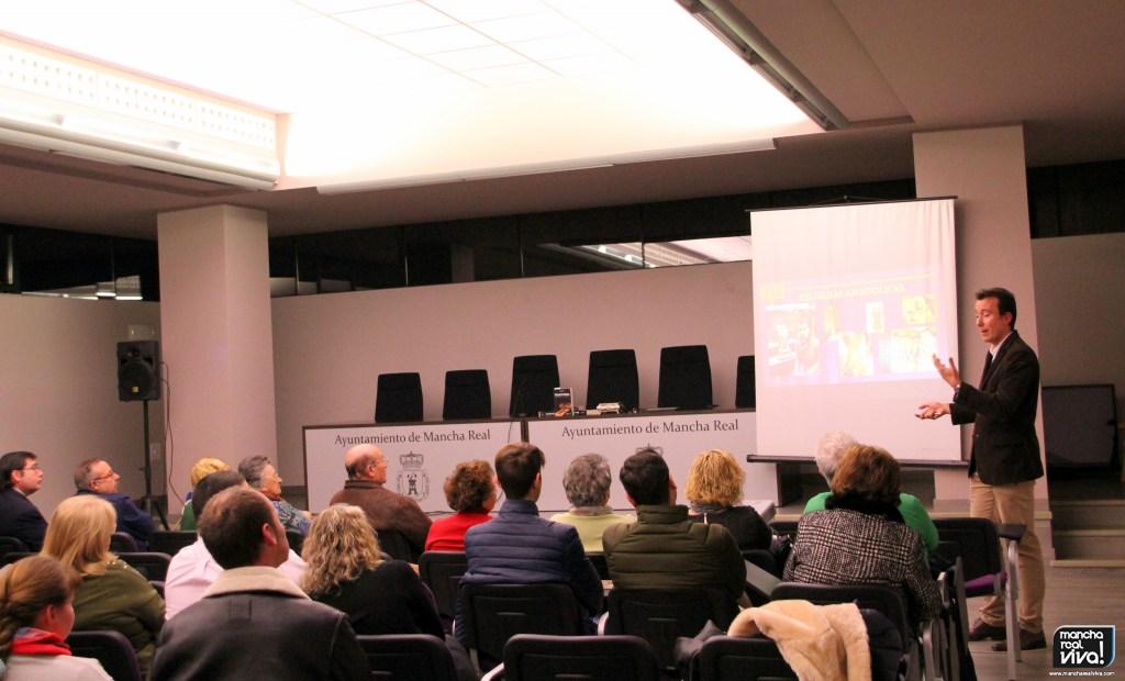 Photo of «Las Reliquias de la Pasión», una interesante conferencia del profesor Jesús Cobo Molinos