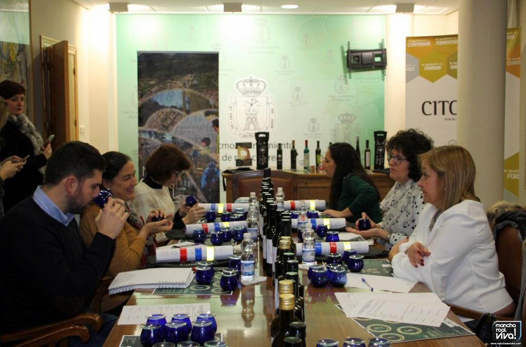 Photo of Las empresas locales Cruz Esteban y Teleoliva son los ganadores de los premios a los mejores AOVE