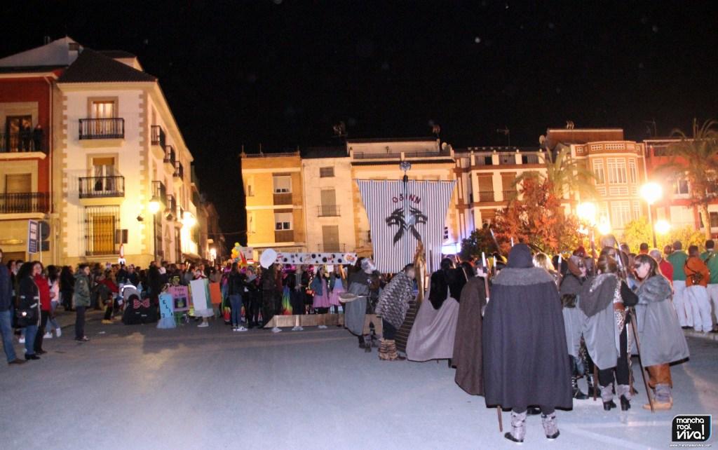 Photo of Bailes con ritmo y colorido en el Pasacalles del Carnaval 2018 de Mancha Real