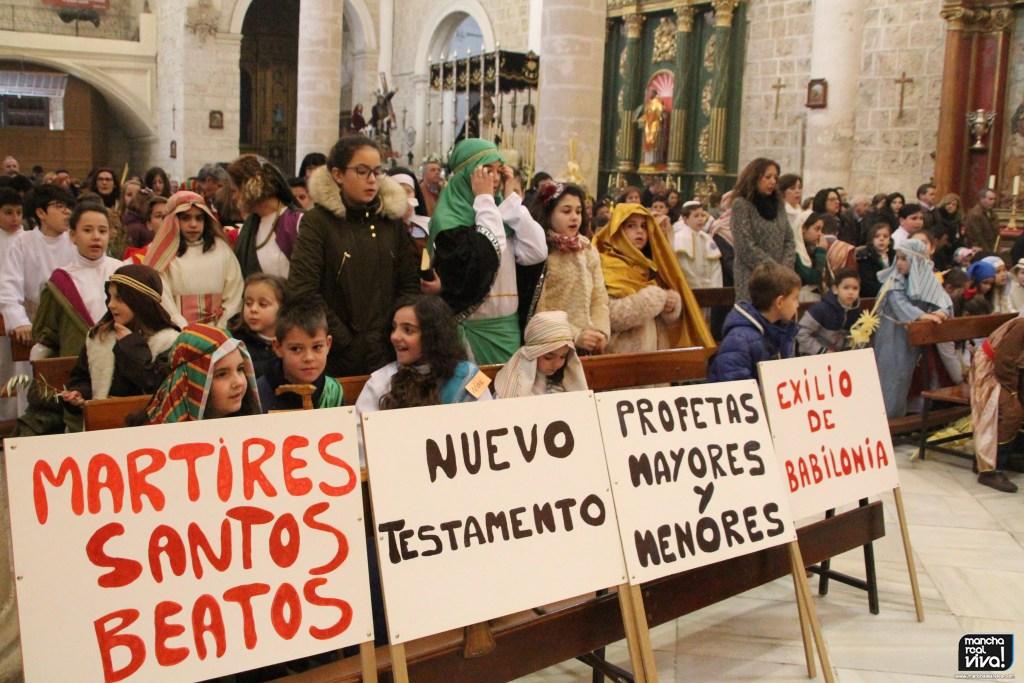 Photo of Las Parroquias de San Juan Evangelista y la Encarnación celebraron el Domingo de Ramos en los templos