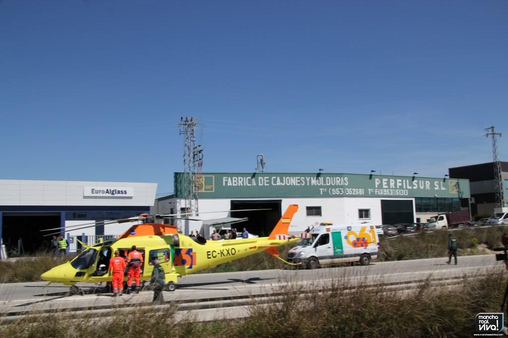 Photo of Dos heridos graves por la explosión de un silo de una fábrica en el polígono de Mancha Real