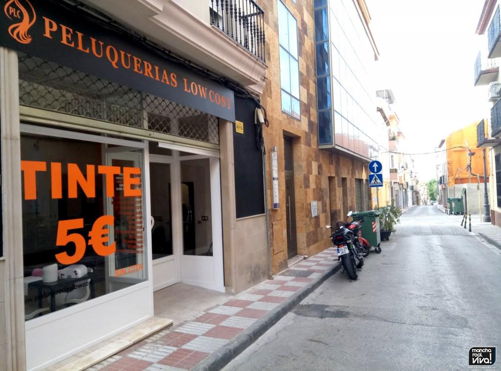 Photo of El viernes abre sus puertas «Peluquerías LOW COST» en Mancha Real, con una fuerte apuesta por la estética