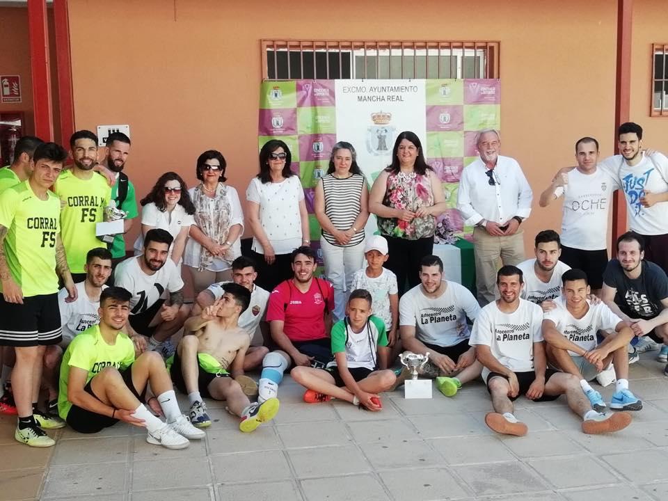 Photo of El equipo local La Planeta gana el V Maratón de Fútbol Sala «Memorial Juan Fernández»