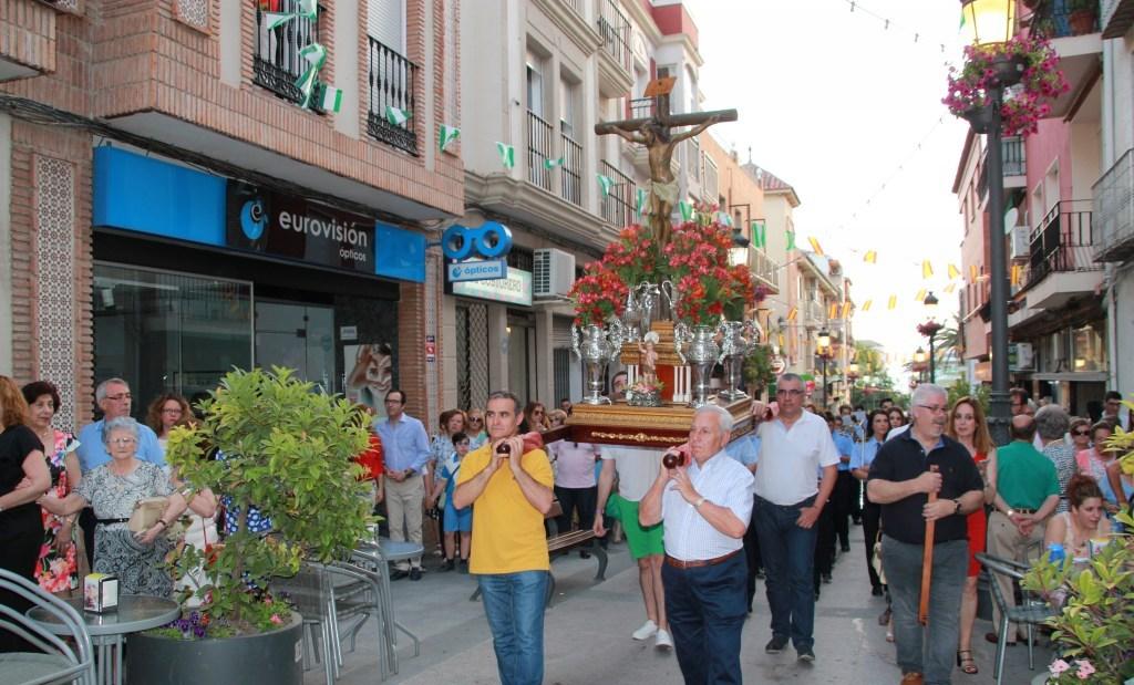 Photo of Devoción y tradición en la procesión del Santísimo Cristo de la Yedra por las calles de Mancha Real