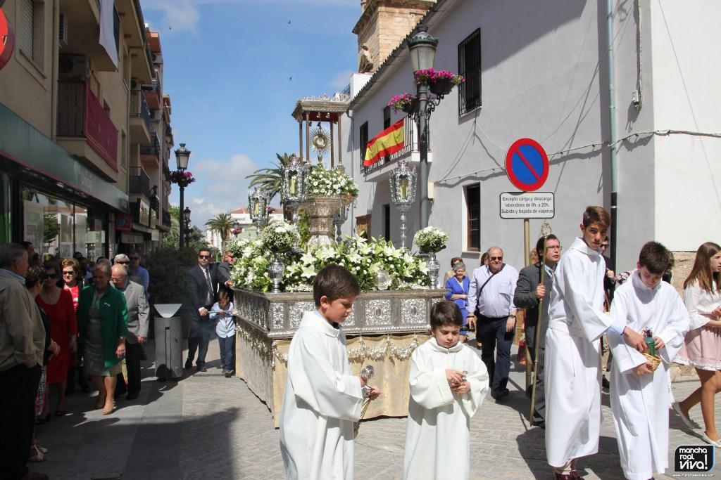Photo of El Corpus Christi llena de luz y color las calles de Mancha Real – 1ª Parte