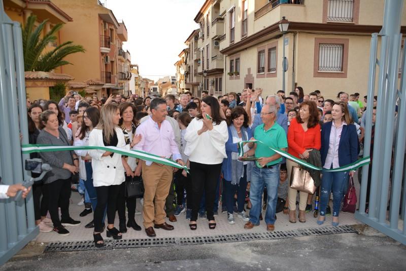 Photo of Cientos de personas asisten a la inauguración del «Parque de los Maestros» en Mancha Real