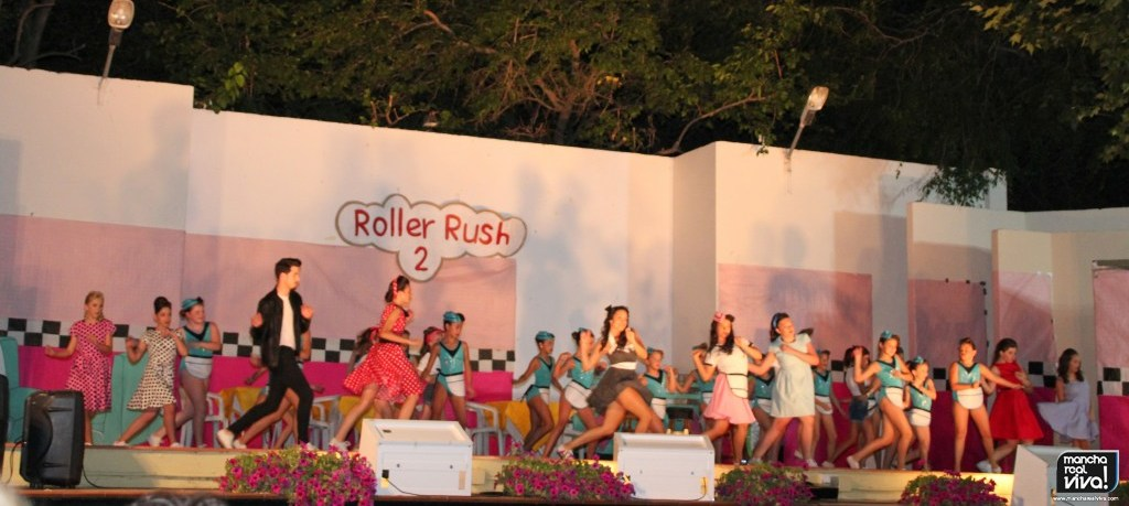 Photo of Espectacular puesta en escena de «Roller Rush 2» de la academia Dancer Dreams