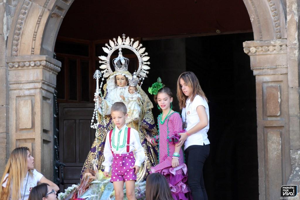 Photo of La Ofrenda Floral a la Virgen del Rosario estuvo llena de emoción y colorido