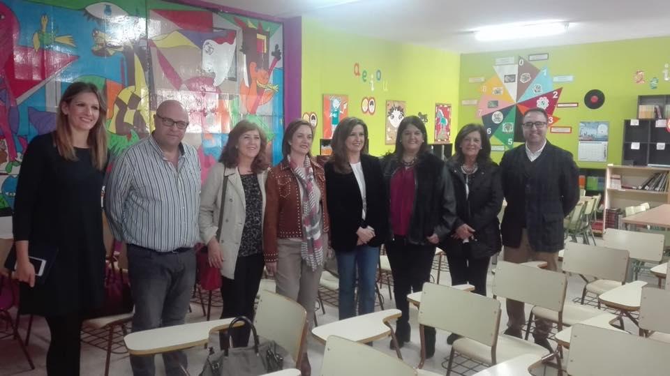 Photo of La Delegada de Educación visita nuestro municipio para ver la realidad educativa de sus centros