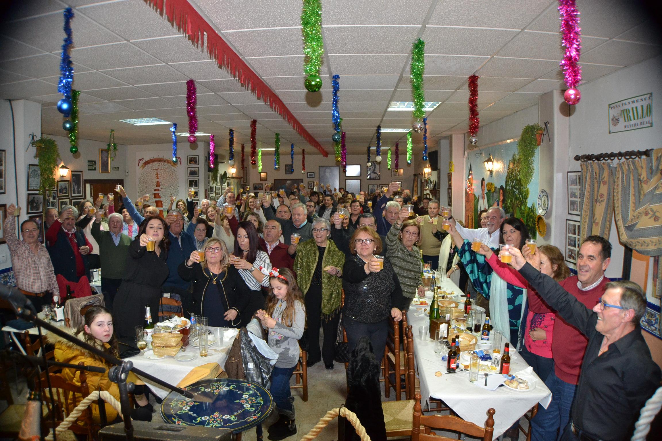 Photo of La Peña El Trillo celebra la Navidad 2018 con alegría en la Zambomba Flamenca