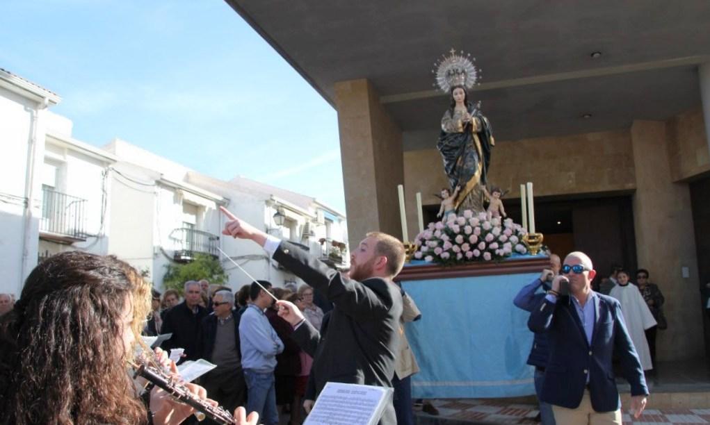 Photo of La Inmaculada Concepción procesiona por Mancha Real en su «Día Grande»