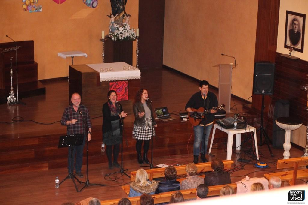 Photo of La Parroquia La Encarnación tuvo un bonito comienzo de Adviento con el grupo «IXCÍS»