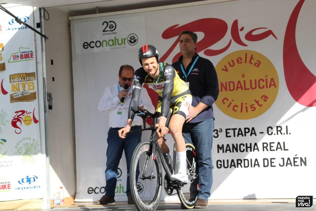 Photo of Mancha Real vuelve a disfrutar en 2019 del gran espectáculo de la Vuelta Ciclista a Andalucía