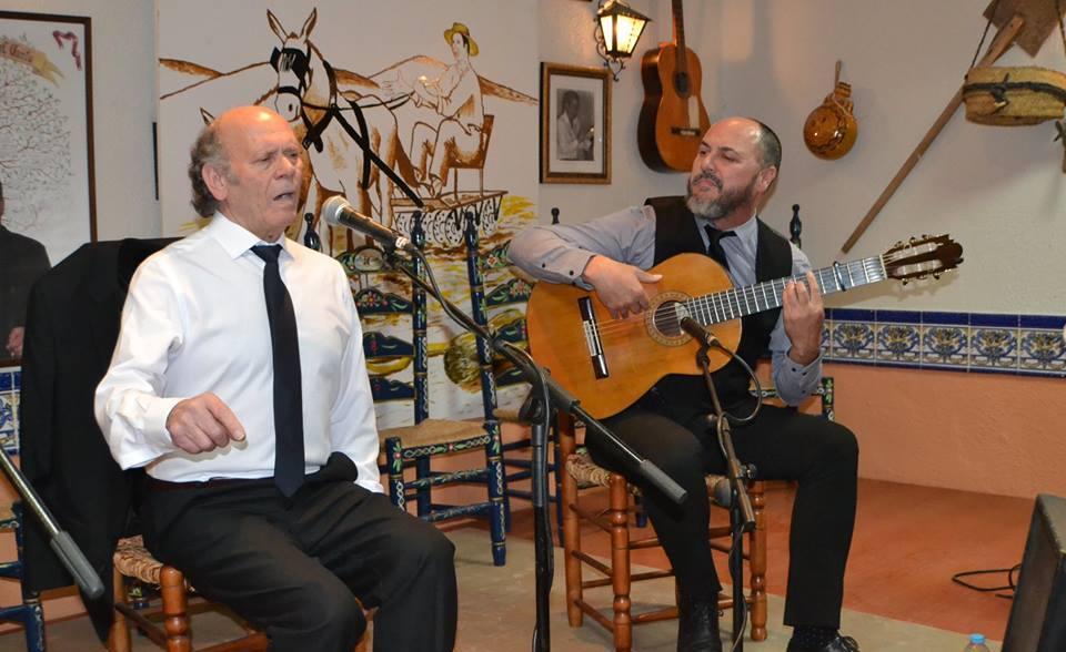 Photo of Rafael Ordoñez con «Chaparro Hijo» hicieron un extraordinario recital en la Peña EL TRILLO