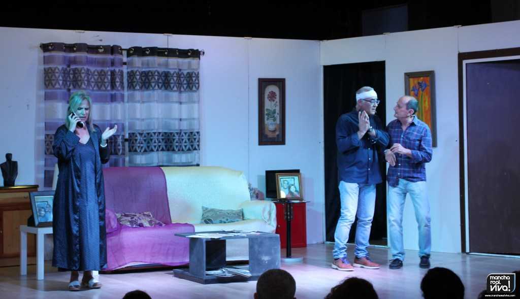 Photo of Uptelón vuelve a tener un gran éxito con la comedia «Un volante para dos mujeres»