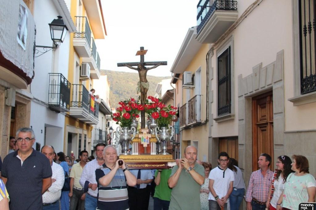 Photo of Tradicional Procesión del Cristo de la Yedra en el Día de San Juan