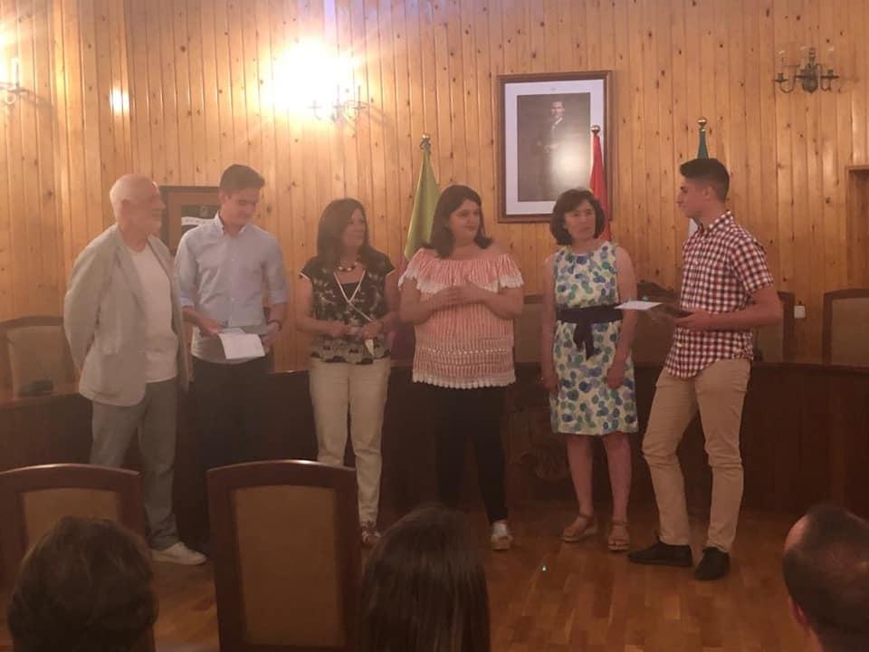 Photo of Reconocimiento a los mejores expedientes de los IES de Mancha Real