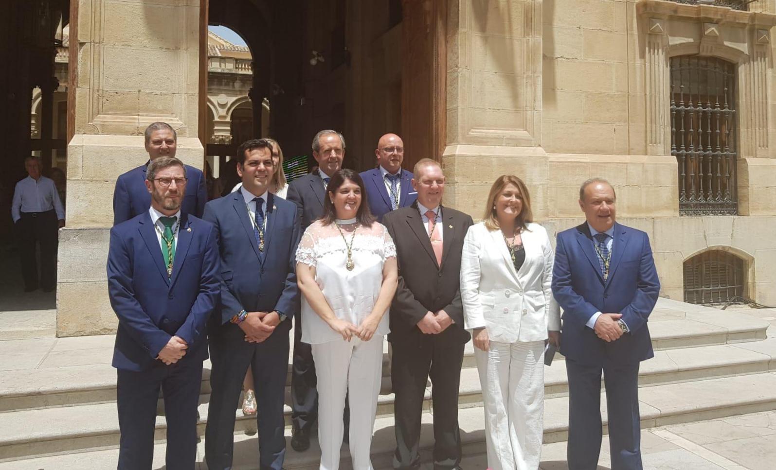 Photo of La Alcaldesa Mar Dávila juró y recogió su acta de Diputada Provincial