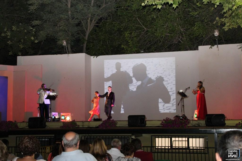 Photo of El tango estuvo presente en el Auditorio con «Una Noche en Buenos Aires»